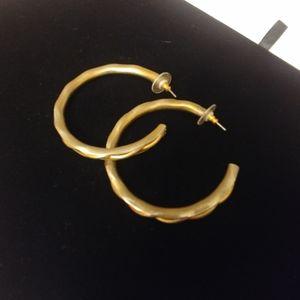 Jewelry - Gold-colored hoop earrings w/backs